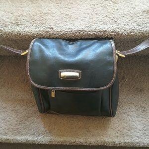 Carlo dsanti shoulderstrap black leather purse